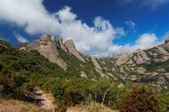 优胜美地瀑布在约塞米蒂国家公园 免版税库存图片