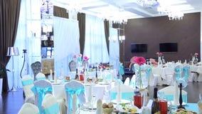 宴会大厅为婚礼美妙地装饰 影视素材