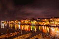 会安市,越南- 2017年3月17日:传统黄色大厦在会安市市 会安市是世界遗产和普遍的游人 免版税图库摄影