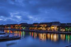 会安市,越南- 2017年3月17日:传统黄色大厦在会安市市 会安市是世界遗产和普遍的游人 免版税库存照片