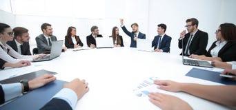 会议圆桌的商务伙伴 库存照片