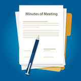 会议记录文件纸在办公室写关于通信总结的笔  免版税库存照片