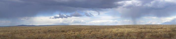 会集在途径风暴的66朵亚利桑那云彩 免版税图库摄影