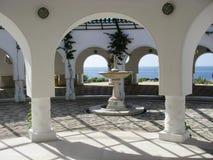 伟大圆形建筑在Kalithea温泉 免版税库存图片