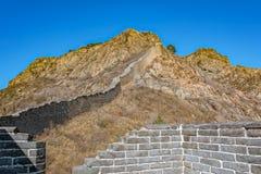 伟大的中国墙壁的损坏的零件 库存照片