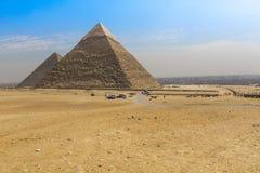 伟大的埃及金字塔在吉萨棉,开罗 免版税图库摄影