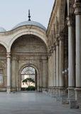 伟大的清真寺穆罕默德・阿里巴夏,开罗的庭院 免版税图库摄影
