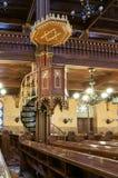 伟大的犹太教堂或Tabakgasse犹太教堂的内部在布达佩斯,匈牙利 免版税库存照片
