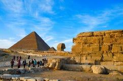 伟大的狮身人面象和金字塔,它是最老古老世界的七奇迹,并且仅一个保持主要原封 图库摄影