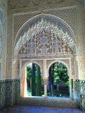 伟大的详细的阿尔罕布拉宫殿的建筑学和装饰,格拉纳达,西班牙 图库摄影
