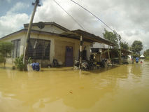 伟大的洪水击中了城市 免版税库存照片