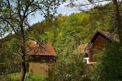 伟大的Fatra - Gader谷:Blatnica城堡看法在Turiec盆地的 库存照片
