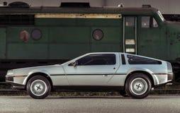 传奇不锈钢DeLorean DMC-12汽车 库存图片