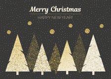 传染媒介圣诞快乐和新年快乐设计 与圣诞树的水平的卡片在黑色、金子和白色颜色 免版税库存照片