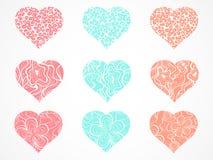 传染媒介套与花卉和抽象样式的装饰心脏 向量例证