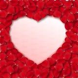 传染媒介玫瑰花瓣心脏形状框架 皇族释放例证