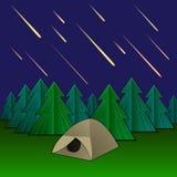 传染媒介飞星雨例证、帐篷和冷杉木,在天空的发光的飞星 向量例证