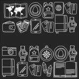 传染媒介与旅行象冒险的乱画集合探索照相机护照票地图背包乱画样式 库存照片