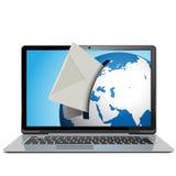 传染媒介与笔记本的邮件概念 免版税库存照片