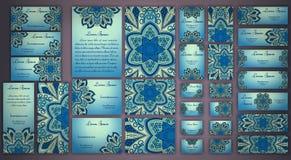 传染媒介名片集合 花卉坛场样式和装饰品 库存图片
