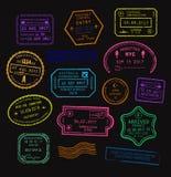 传染媒介套在霓虹颜色的五颜六色的护照签证图章 库存照片