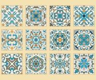 传染媒介套葡萄牙瓦片 色的样式的汇集设计和时尚的 图库摄影