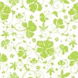 传染媒介绿色Swirly三叶草无缝的样式 图库摄影