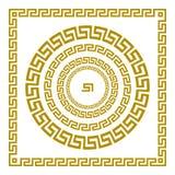 传染媒介集合传统葡萄酒金黄正方形和圆的希腊装饰品河曲和花卉样式在黑背景 库存照片