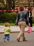 传染性的妈妈 免版税库存图片