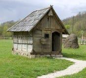 传统东欧的房子 免版税图库摄影