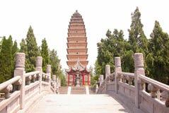 传统中国的塔 免版税图库摄影