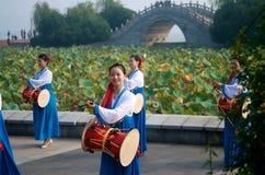 传统中国的性能 免版税库存图片