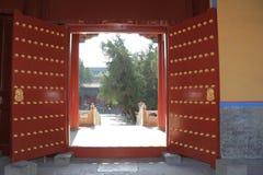 传统中国的门 免版税库存图片