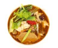 传统中国鱼的汤 免版税库存图片