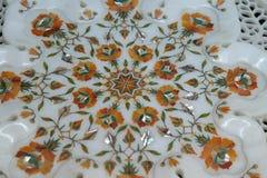 传统五颜六色的花卉大理石桌面待售,阿格拉 库存图片