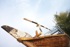 传统单桅三角帆船的捕鱼 免版税图库摄影