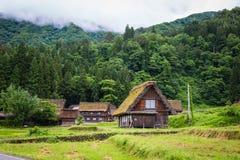 传统和历史日本村庄Shirakawago在岐阜县日本, Gokayama被题写了 库存图片