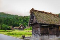 传统和历史日本村庄Shirakawago在岐阜 免版税库存图片