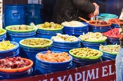 传统土耳其义卖市场在冬天 库存图片