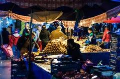 传统土耳其义卖市场在冬天 库存照片