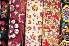 传统土耳其被绣的床罩 免版税图库摄影