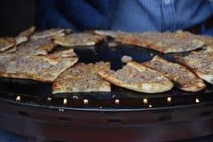 传统土耳其酥皮点心用肉 免版税库存照片