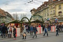 传统圣诞节市场在伯尔尼,瑞士 免版税库存图片
