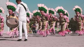 传统墨西哥matachin宗教舞蹈家 股票视频