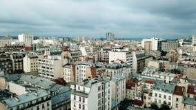 传统屋顶鸟瞰图在巴黎,法国 库存照片