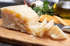 传统意大利食物- 36个月在洞意大利人parme变老了 图库摄影