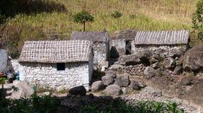 传统房子和大厦,圣地Nicolau海岛,佛得角 免版税库存图片