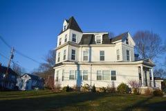 传统房子在波士顿, 2016年12月11日的美国 库存照片