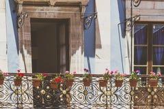 传统房子门面在圣米格尔德阿连德瓜纳华托州我 库存图片