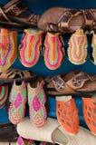 传统摩洛哥的鞋子 库存照片